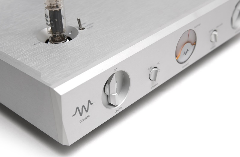 MCH PHONO : Multi-curved Hybrid Phono Amplifier 4